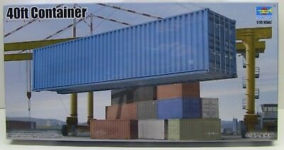 Trumpeter   1:35  40ft Shipping/Storage Container  TRP1030
