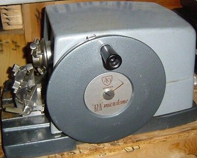 AO American Optical Spencer 820 Microtome