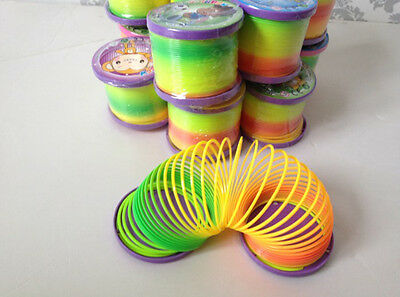 Rainbow Coloured Spring Slinky Childrens Toy Springs Bouncy Toy For Party HC