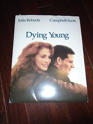 Dying Young, Julia Roberts, Original Presskit, Complete With 9  Stills, 1981