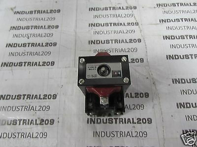 Cutler Hammer Type M Latched Relay D23Mr402 Ser. A2 New In Box