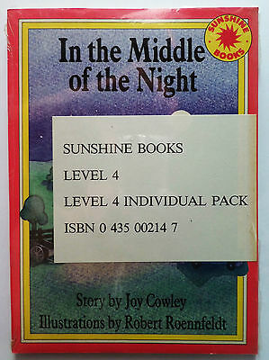 In the Middle of the Night - Sunshine: Set A Stories - Level 4. Rare new copy.