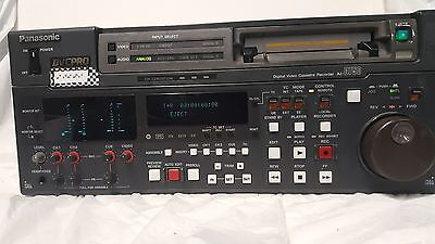 Panasonic AJ-D750P Digital Video Cassette Recorder
