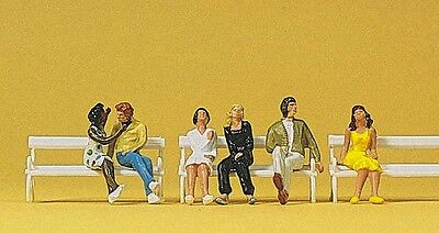 Preiser 10180 HO 1:87 COUPLES SEATED - NEW