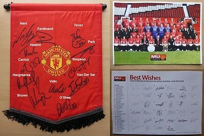 2007-08 Man Utd Official Pennant Signed by 12 (7742)