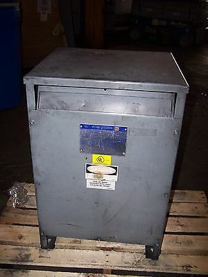 Square D 37.5 Kva Single Phase Transformer 37S3H 240X480 Hv 120/240 Lv