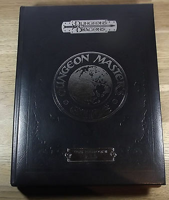 Special Edition Dungeon Master's Guide: Dungeons & Dragons Core Rulebook (D&D)