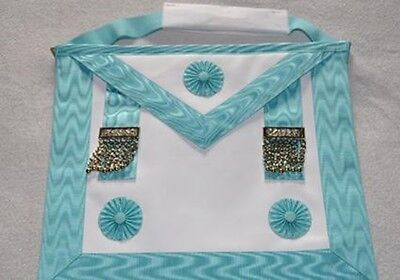 Master Masons Apron with Flat Case and Lapel Pin Free Delivery
