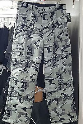 Pulse Urban Camo Ski & Snowboard Pants, -Large Adult, lots of pockets & features