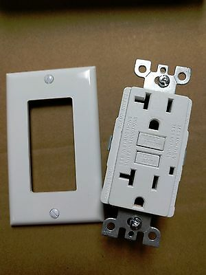 (20 pc) 20A GFCI Receptacle 20 Amp White Outlets w/ Wallplate Included
