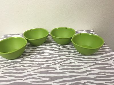 Tupperware Legacy Pinch Cereal Bowls Set Of 4 Green 13oz New