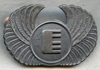 Mid-1970's Federal Express (FedEx) Pilot Hat Badge 2nd Issue