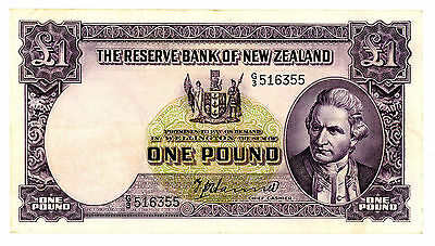 New Zealand ... P-159a ... 1 Pound ... ND(1940-55) ... *VF*