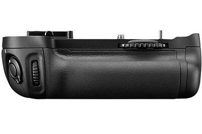 NEW Nikon MB-D14 Battery Grip for D600