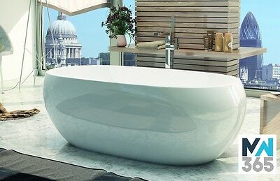 1700 x 700 Luxury Acrylic Double Ended Bath (Del: See Map)  25 Yrs Warranty
