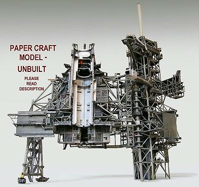 Space Shuttle Launch Pad Complex 39A 1:72 Model Kit for Monogram w/Boosters/Tank