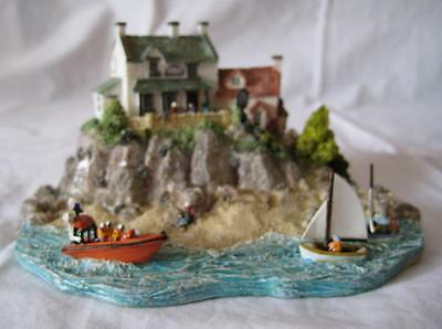 Danbury Mint A Welcome Sight from the RNLI Collection