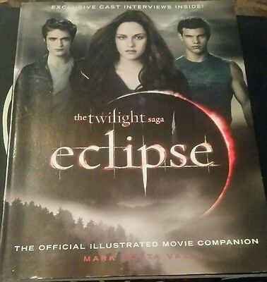 Twilight:Eclipse Official Illustrated Movie Companion Book