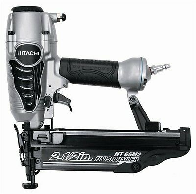 Hitachi 2.5 inch 16 ga straight Finish nailer NT65M2 nail gun + carrying case