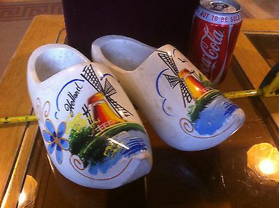 Holland Wooden Clogs Pair Hand Painted Classic Shoes Deutsch Vintage