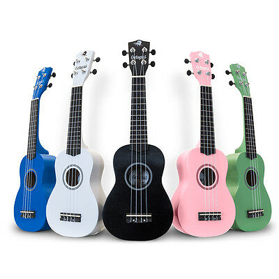 Ukulele - in 25 colours, including gig bag and fitted with aquila stinrgs