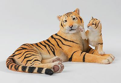 Country Artistst Natural World Tiger & Cub Figurine NEW IN BOX 14292