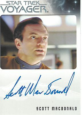 Star Trek Voyager Heroes & Villains (2015): Scott MacDonald autograph