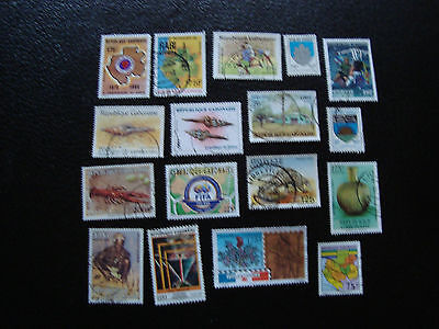 GABON - 17 timbres obliteres (A26) stamp