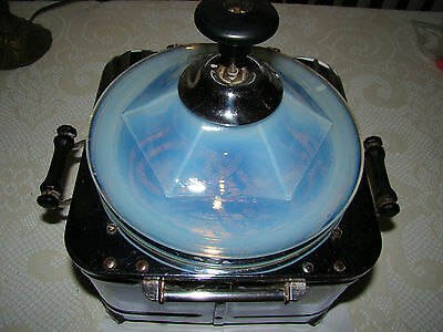 Vintage Popcorn Popper with Fry Glass Opalescent Lid Bersted  Mtg. Co. Model 302