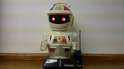 Scooter 2000 - Robot - Vision - Working - GP TOYS
