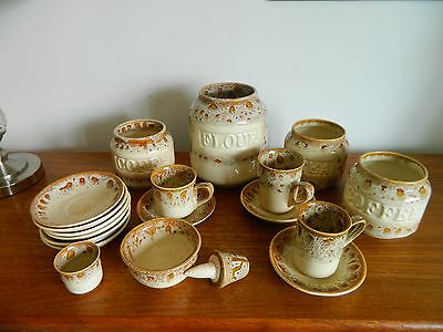 Fosters Pottery Honeycomb Mixed Lot x 19 pieces