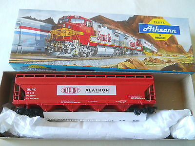 Athearn HO 55' Center Flow DuPont