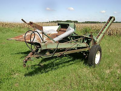 Oliver Model 73-H 2 Wide Row Corn Picker