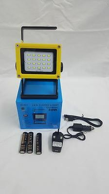 Portable Outdoor Camping Security 30W Rechargeable LED White Flood Light Lamp Y