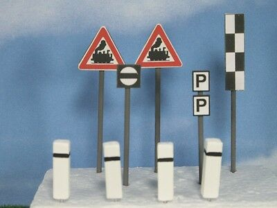 Re38 Gauge 1 Set Type 2 Signs Railway Signs Boundary Stones