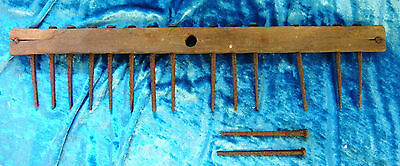 Vintage Primitive Wood Rake Head With Old Old Nails Wall Decoration 0011010