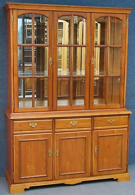 Younger Cherry Wood Mirror Back Display Cabinet On Cupboard / Dresser