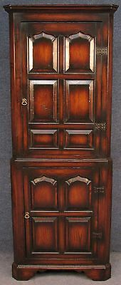 Titchmarsh & Goodwin Solid Oak Corner Cupboard / Cabinet