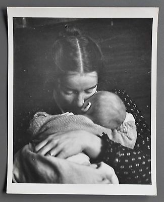 Nell Dorr 1893-1988 Silver Gelatin Photo 20x25 U.S.A. Mother and child ca. 1955
