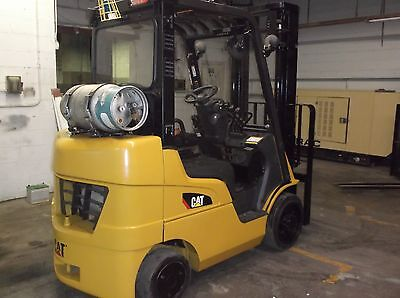 2010 Caterpillar Forklift 5000 lb Cushion tires 1/2 Cab With Heat