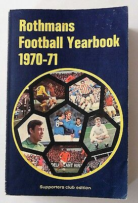 Rothmans Football Yearbook 1970-71 ~ Soft Back First Edition