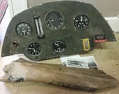 Fantastic Scarce WW2 De Havilland Tiger Moth Mk2 Instrument Panel & Propeller