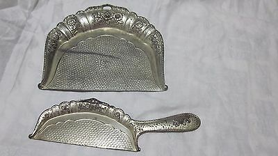 Vintage Victorian Ornate Metal Dust Crumb Dust Pan
