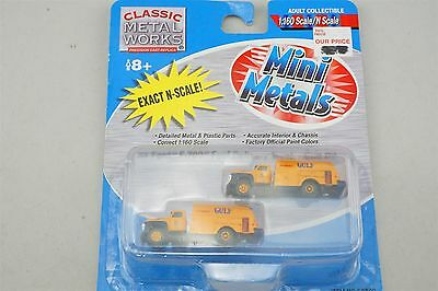N 1:160 Scale CMW Mini Metals 50302 '54 Ford F-700 Fuel Delivery Truck Gulf Oil