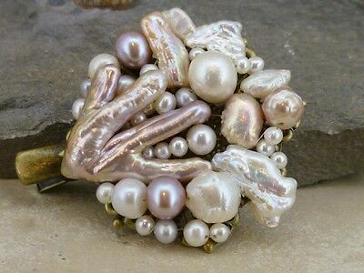 Hairclip 2 - (crocodile) in real freshwater pearls - occasion or everyday wear
