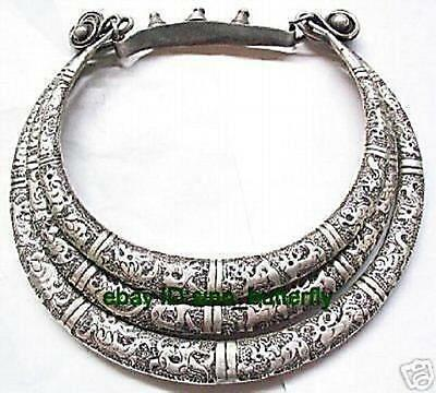Chinese ethnic minorities, Miao silver, carved 12 Temple animal collar necklace