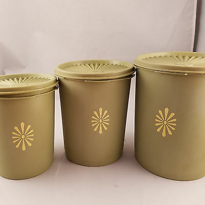 Tupperware Vintage Servalier Canister Lot Green 3 Piece + Lids 70s Containers