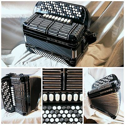Hohner Morino Artiste IV Accordion (with MIDI)
