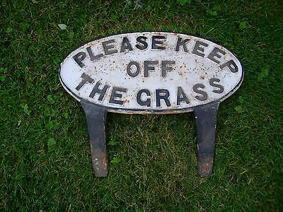 Genuine Antique Cast Iron Sign Please Keep Off the Grass  (964)