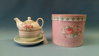 ROSES 3 piece TEA FOR ONE teapot and teacup set